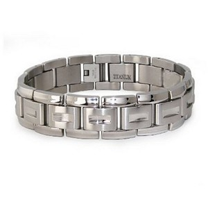 Titanium bracelet for men in brush finish | 12mm width